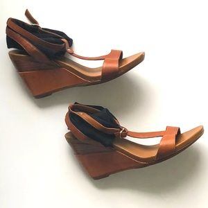 VALERIA GROSSI 8 Tan Leather T-Bar Strappy Wedge